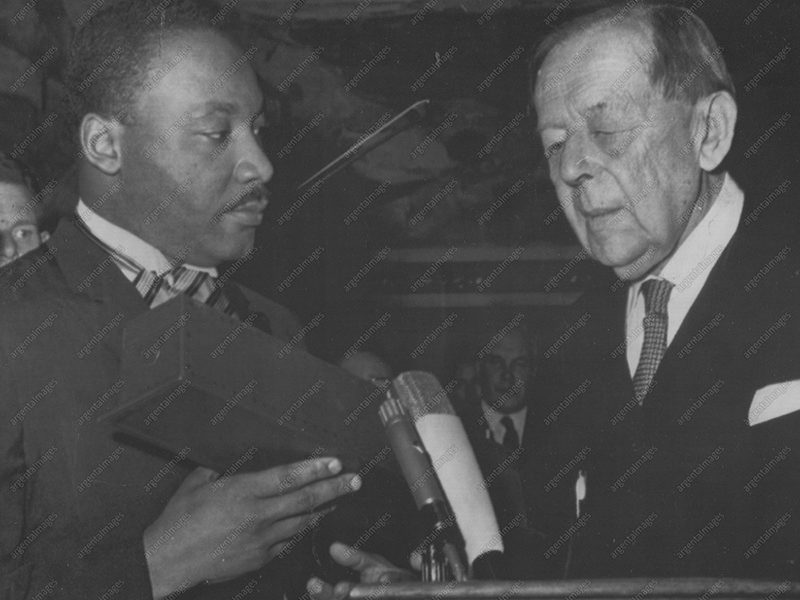 12/10/1964 - American civil rights leader Martin Luther King Jr. receives the Nobel Peace Prize in Oslo, Norway.